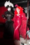 latex-fashion-show-feathers_9177