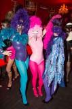 latex-fashion-show-feathers_9189
