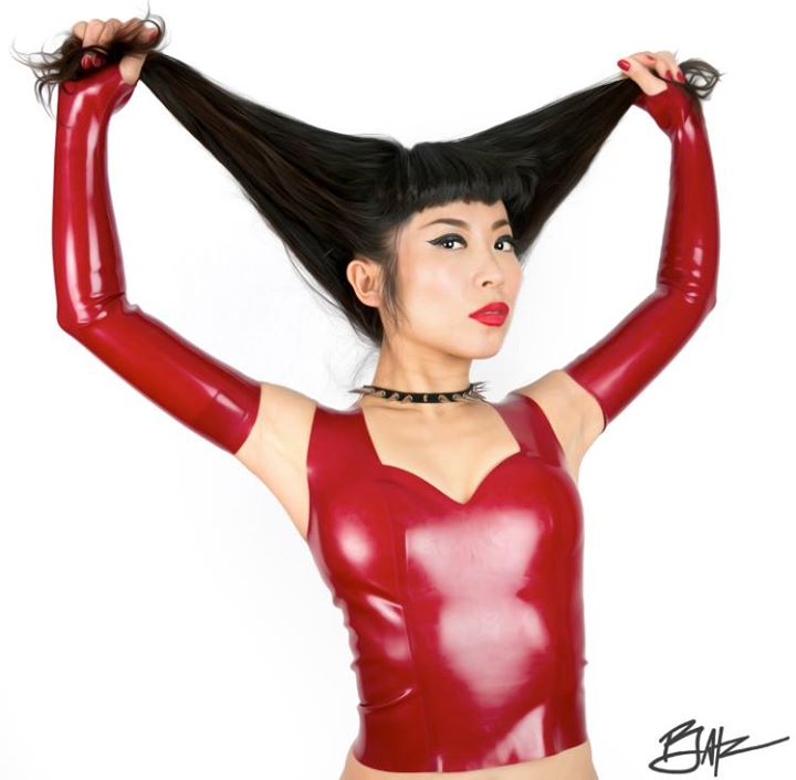 Drummer Hitomi in Latex Marilyn Monroe top and Opera-Length Latex Mitts