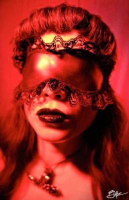 latex blndfold/sleep mask